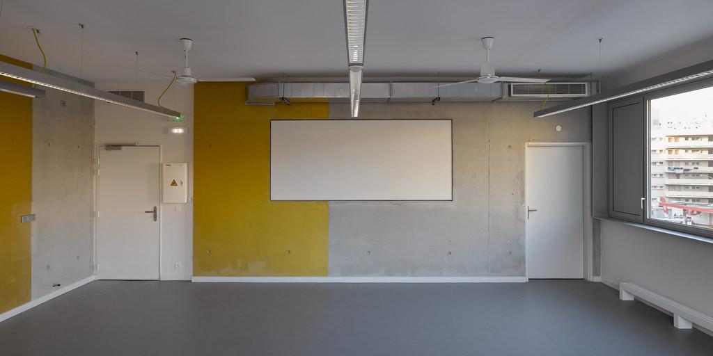 Architectes : Corinne Vezzonie et AssociŽés Bâ‰timent pŽédagogique mutualisŽé campus de la Timone